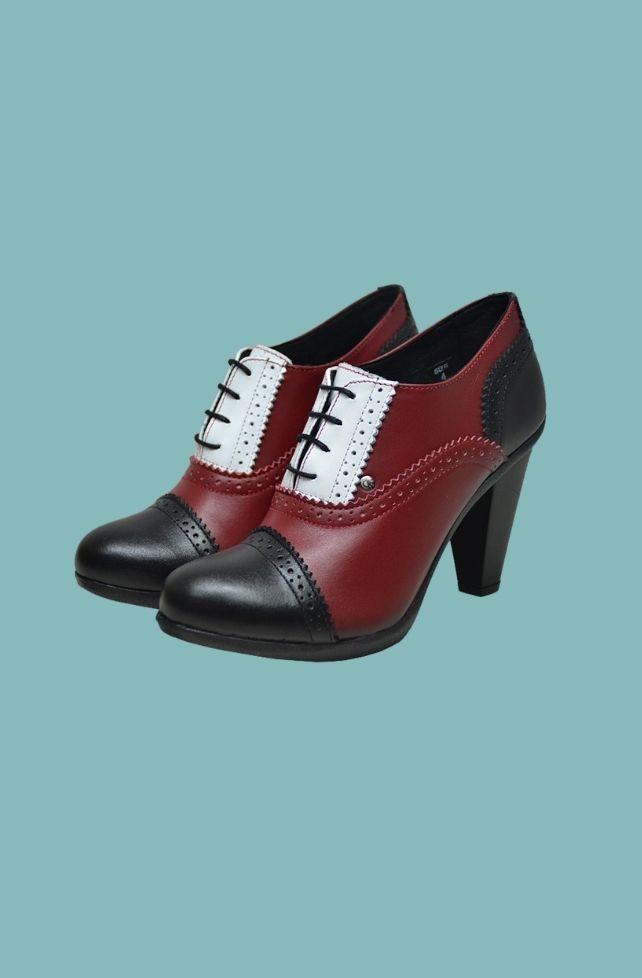 chaussures à talons en cuir grainé style vintage