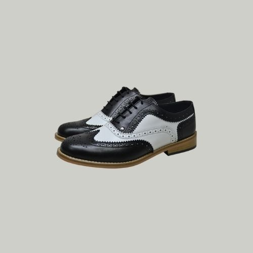 chaussures Gatsby brogues noires et blanches pour hommes