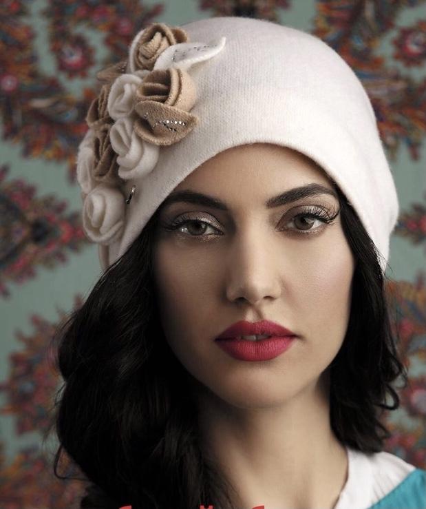 Chapeau Sophia en pure laine style rétro