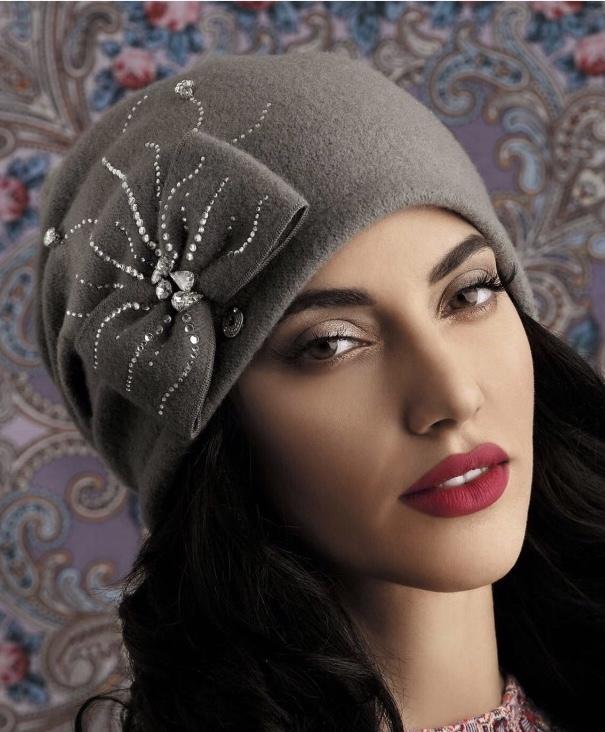 Chapeau Carmen souple en pure laine, couleur gris souris, style rétro