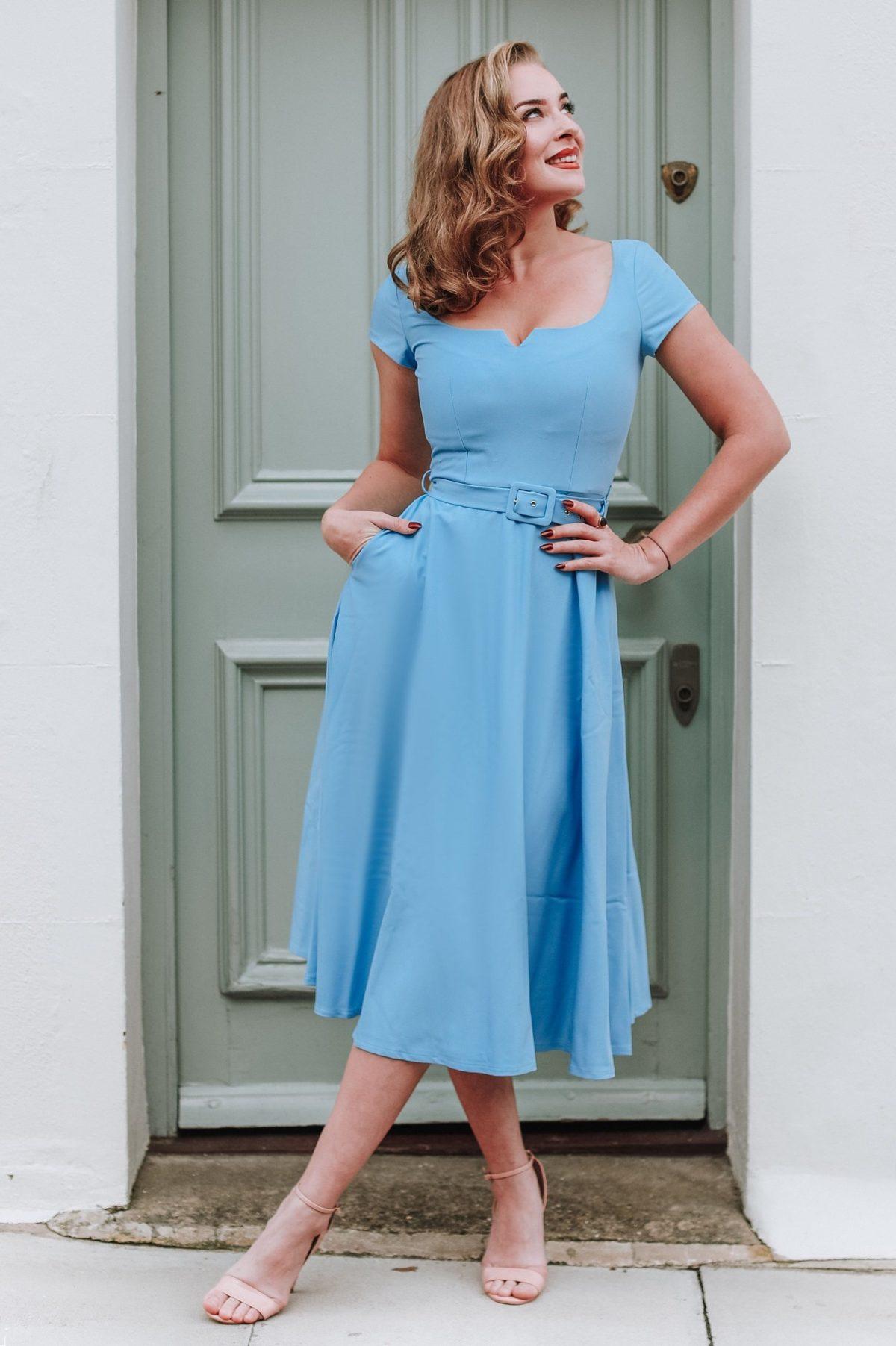 Robe évasée style vintage bleu ciel
